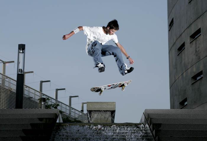 alex double kickflip