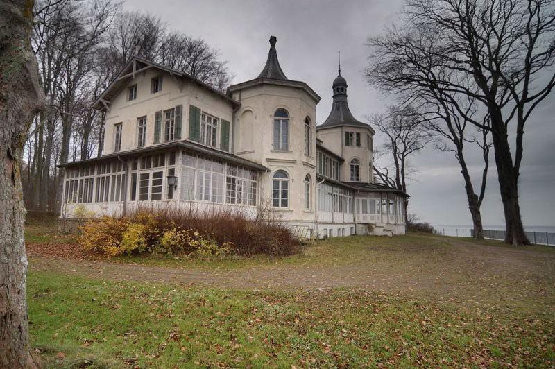 Alexandrinen Cottage