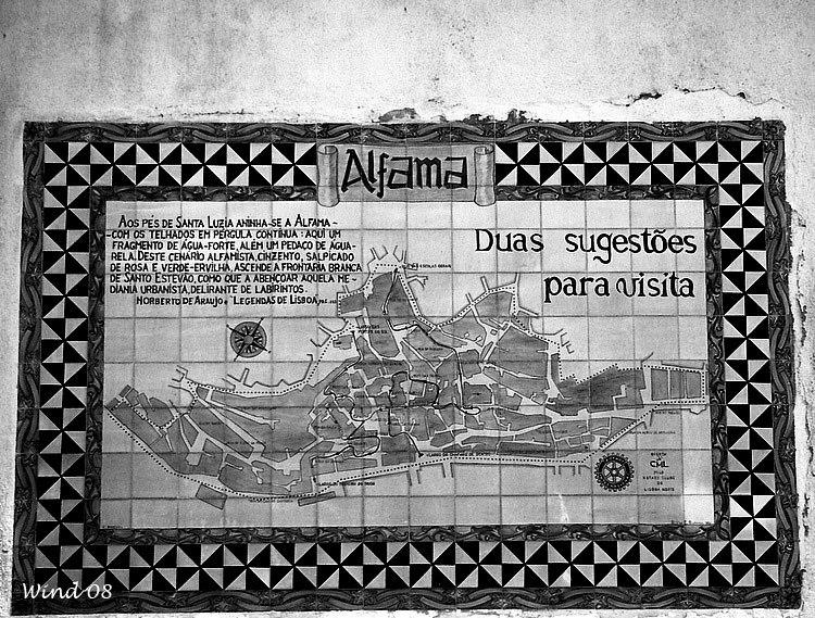 """""""Alfama"""" in tiles"""