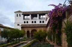 Alhabra und Palacio Innenhof