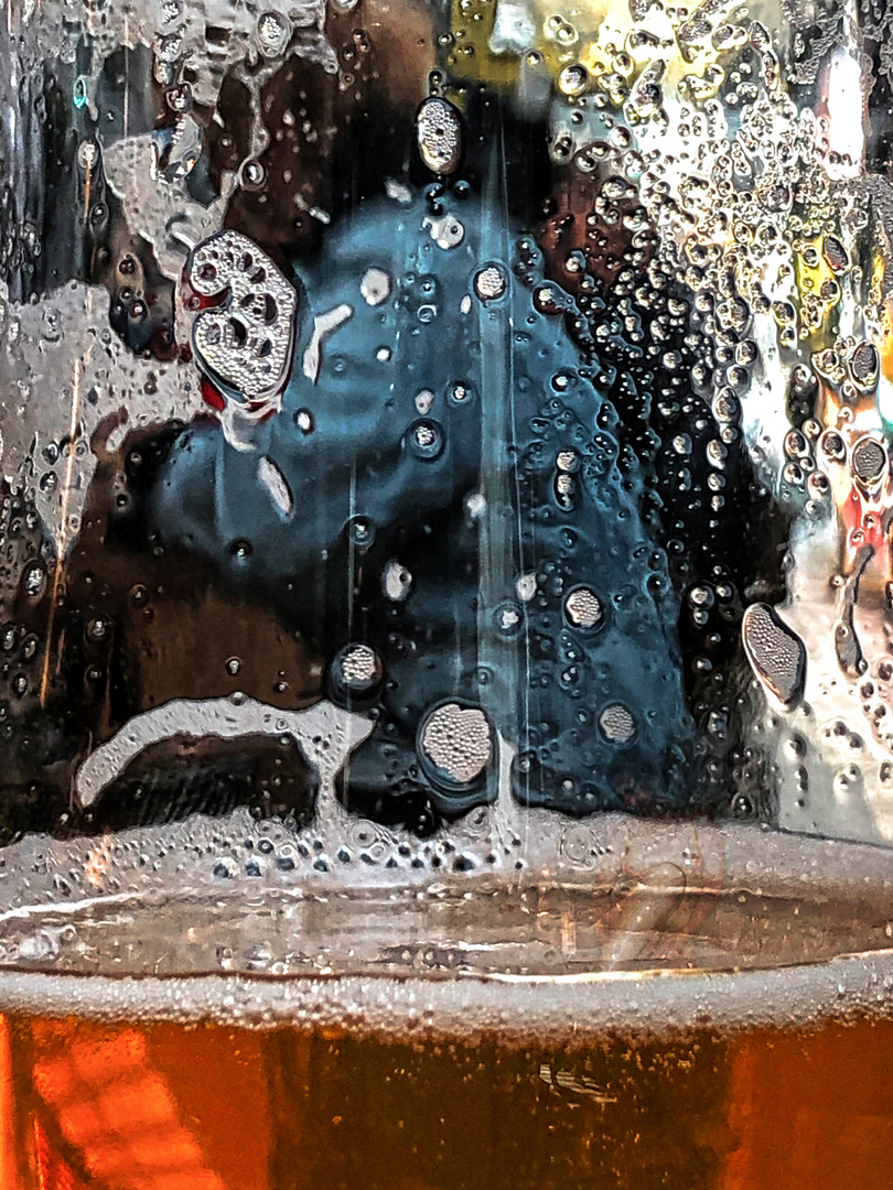 Alice Through the Beer Glass