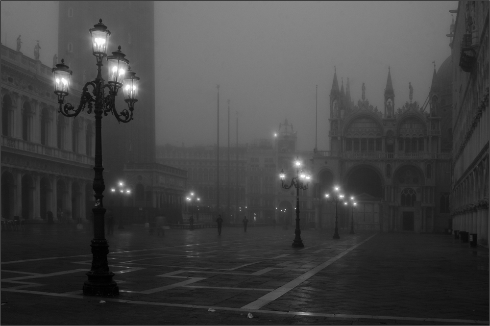 Alle Venedigreisende wollen Nebel