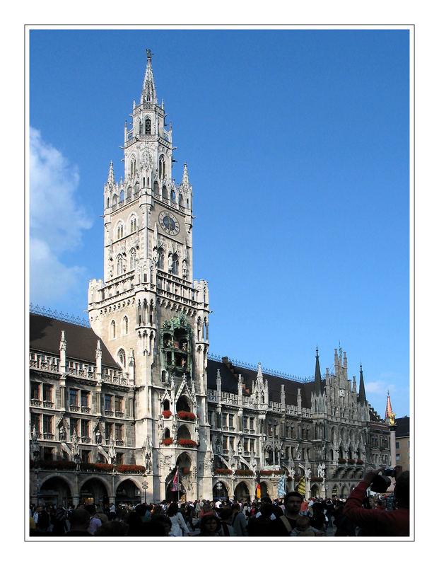 Alle wollen das Rathaus sehen ...