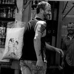 Allegria all'antico mercato di Siracusa - Joy to the ancient market of Syracuse