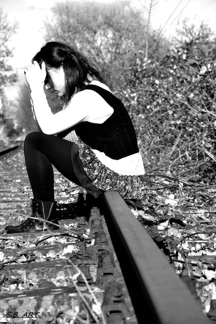 Alleine doch nie einsam Foto & Bild | jugend, schienen