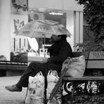 Alleine im Regen