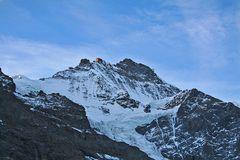 Allererste Sonnenstrahlen auf der Jungfrau