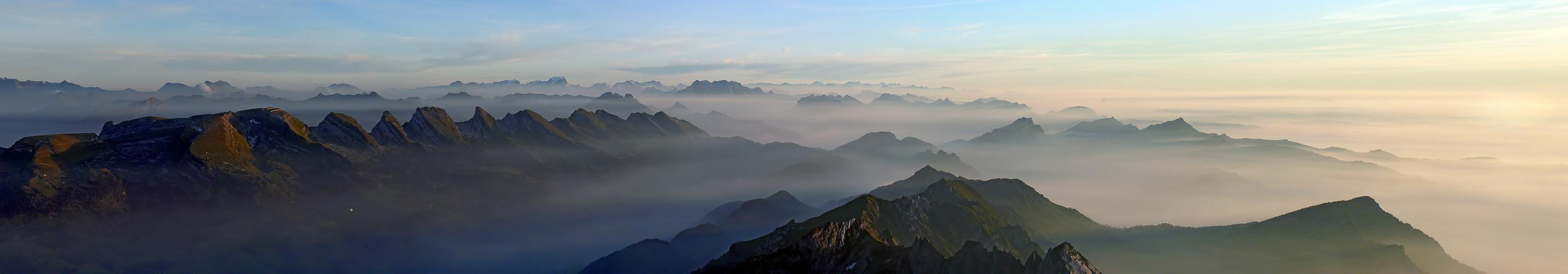 Alles schwankt ins Ungewisse, Nebel schleichen in die Höh ....
