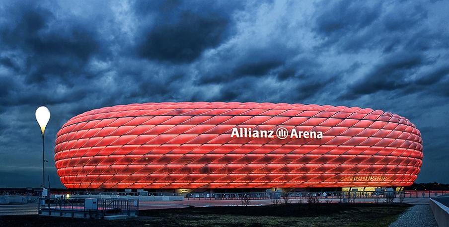 Allianz Arena Rot