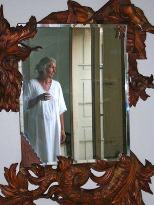 allo-specchio