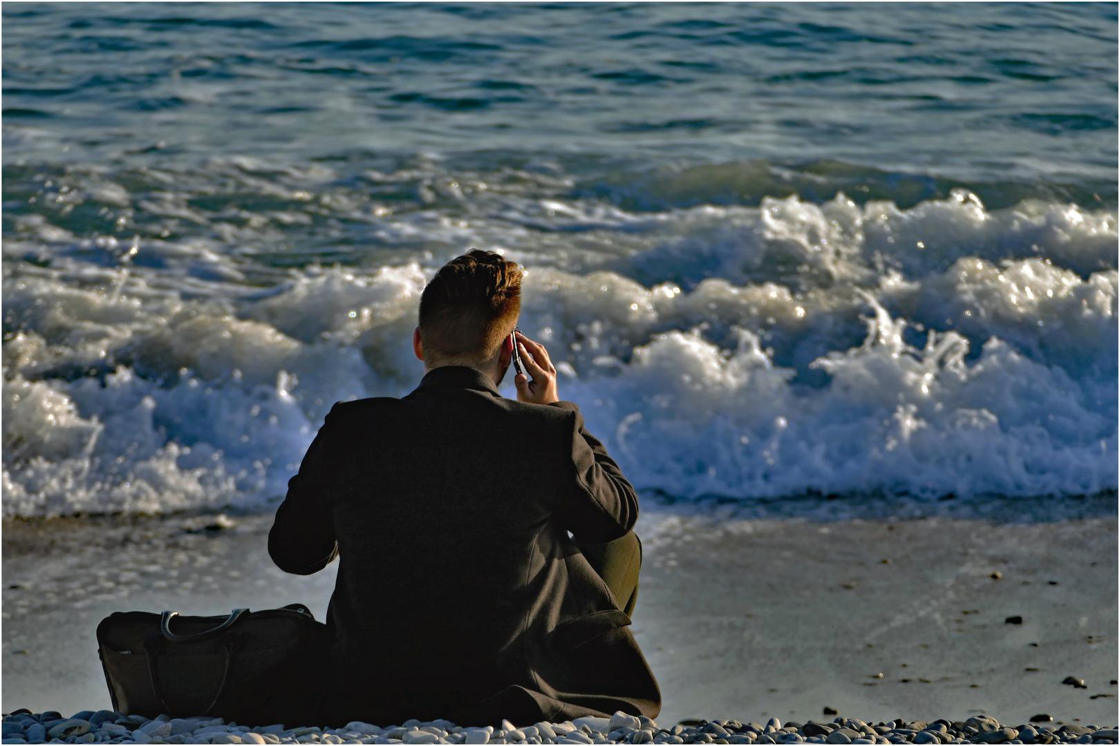 """allo!je suis à mon bureau """"les pieds dans l eau""""...."""