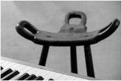 all.tag.foto_tRAUM ZEIT_pianostuhl