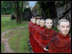 ... Alms, Hpa An, Myanmar ...