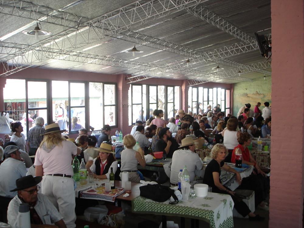almuerzo en el rodeo Argentina