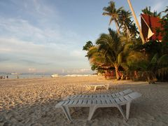 Alona Beach am Morgen