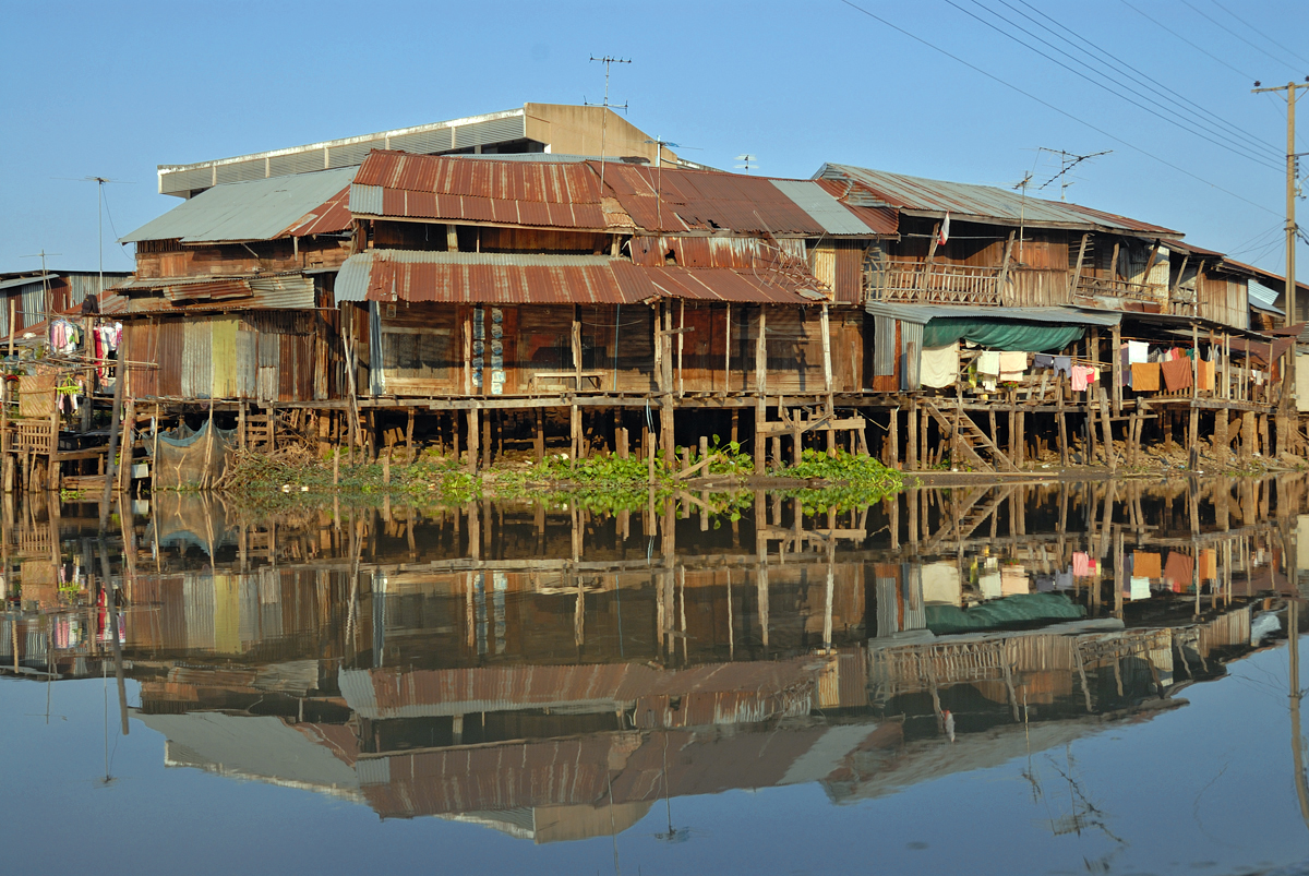 Along the Saen Saeb Khlong to Nong Chok