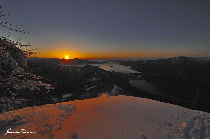 Alpe Faiè, alba sul lago.