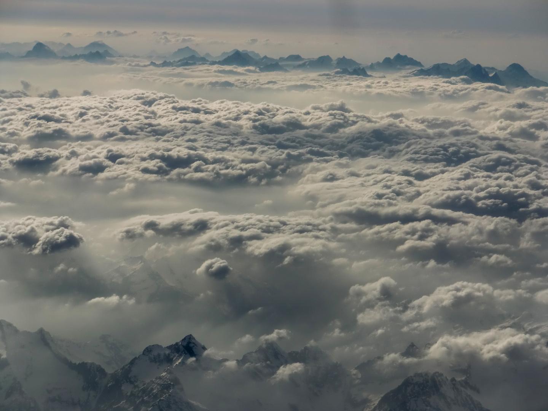Alpen in den Wolken
