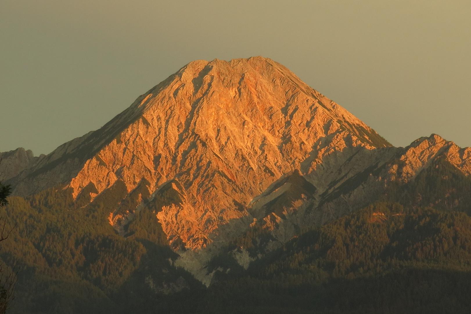 Alpenglühen am Mittagskogel