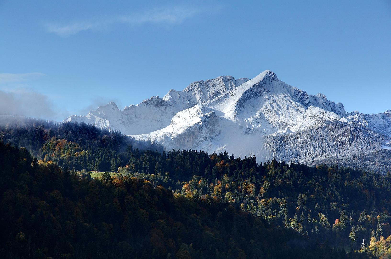 Alpspitze im Schneemantel