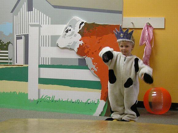 Als Kuh verkleidet