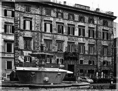 Alt Rom hat auch weniger schöne Häuser in der Nähe des Petersdoms....#2136