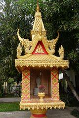 Altar am Straßenrand neben der Zollstation