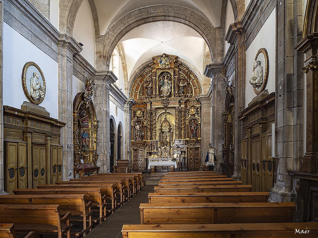 .Altar barroco.Iglesia parroquial de Sta María del Camino.