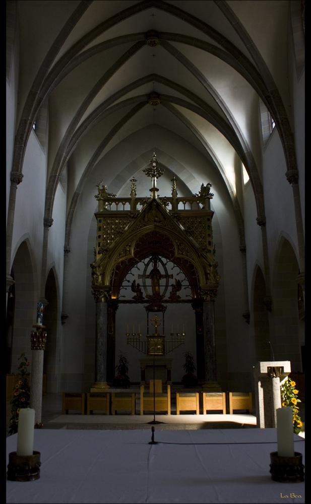 Altar in St. Ottilien