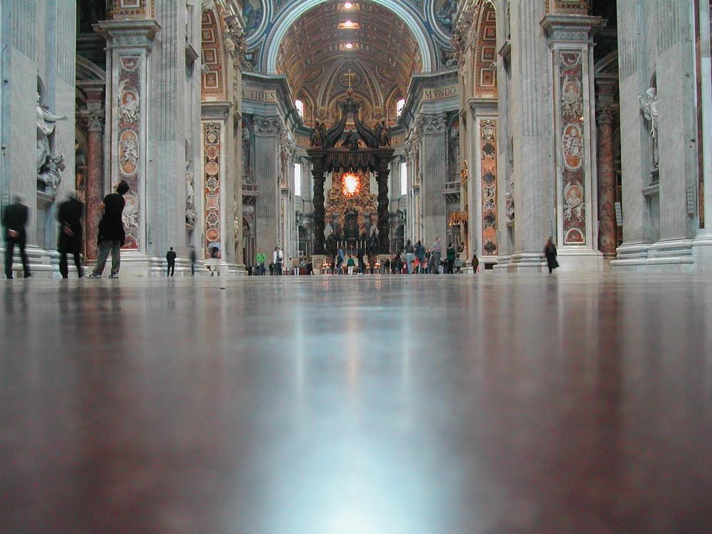 Altare della Basilica di San Pietro
