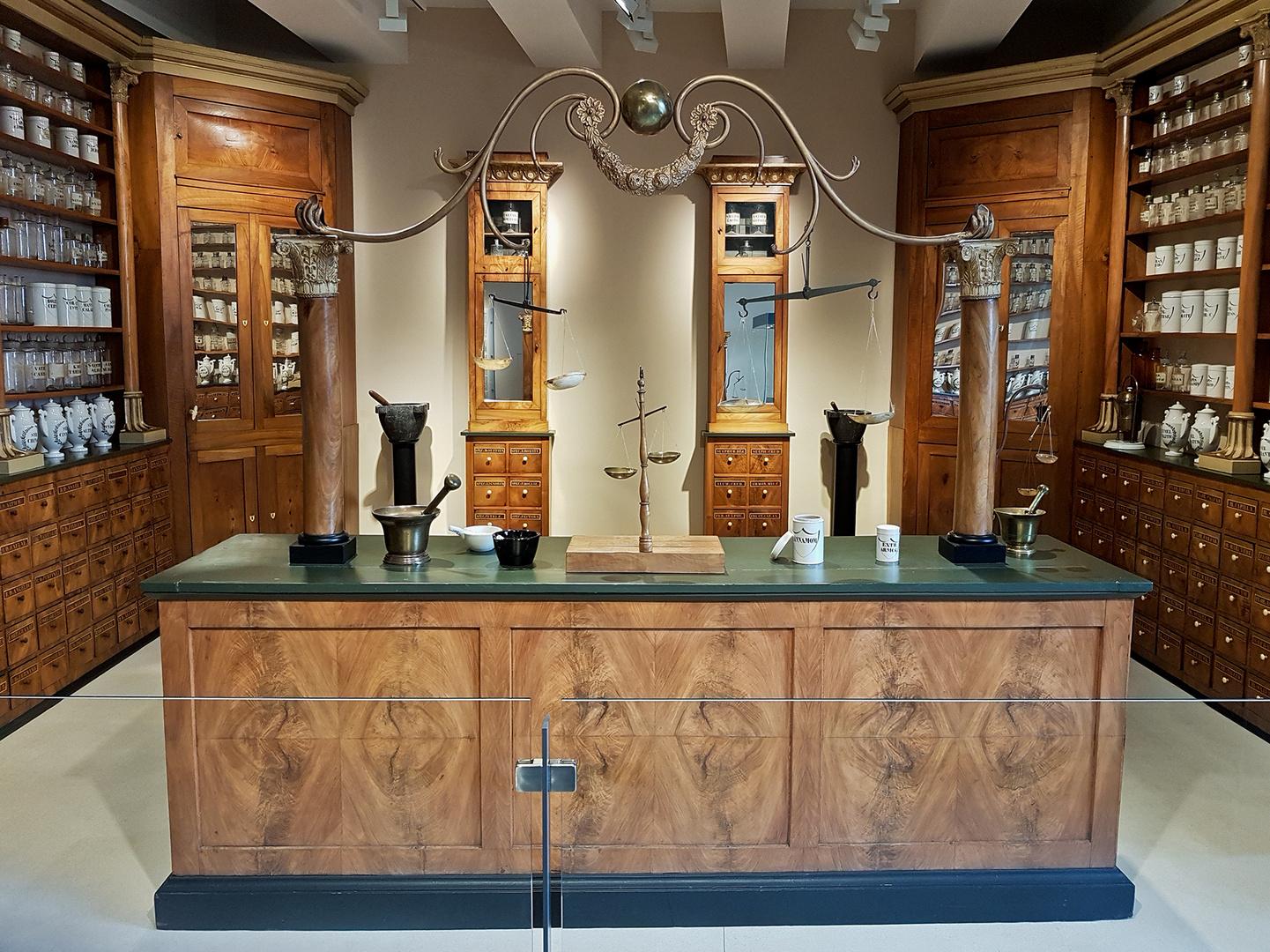 Alte Apotheke im Museum in Luxemburg