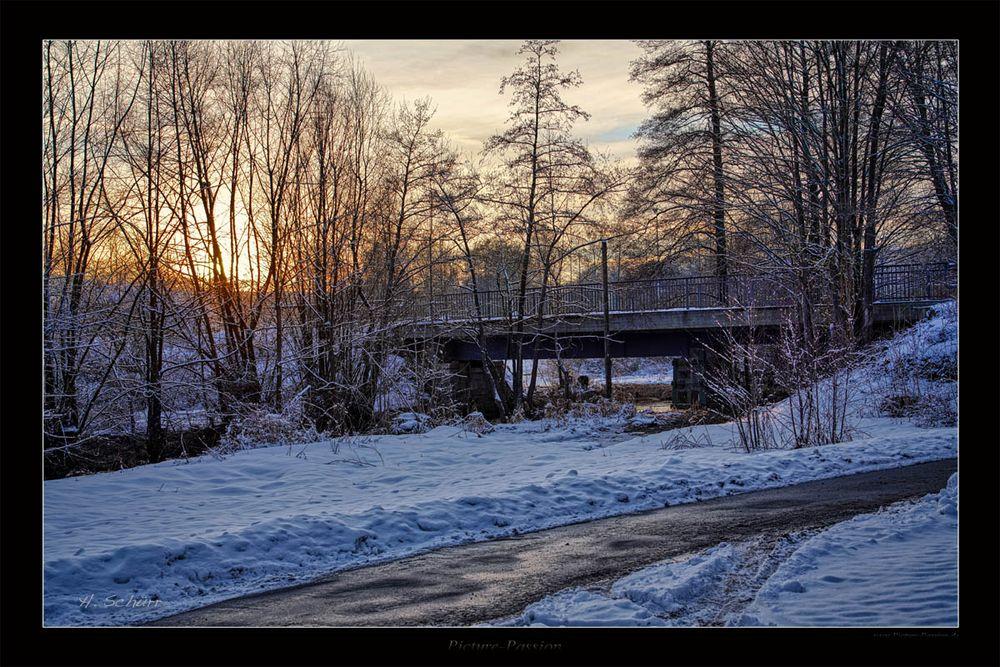 Alte Eisenbahn Brücke