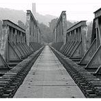 Alte Eisenbahnbrücke über die Ruhr...
