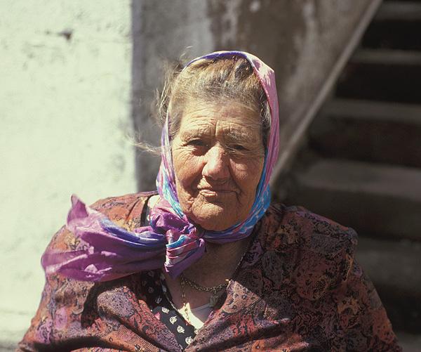Alte Frau in Arure
