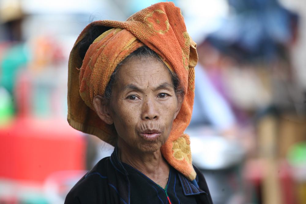 Alte Frau - Myanmar - Inle Lake