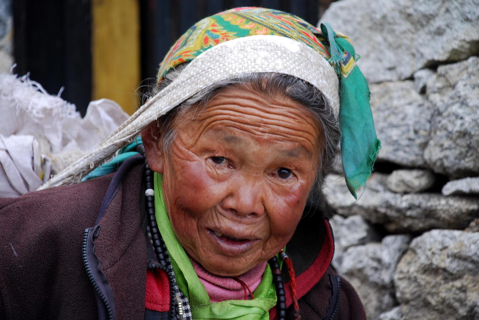 alte Frau, Nepal Foto & Bild | erwachsene