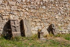 Alte Grabsteine
