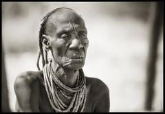 Alte Himbafrau