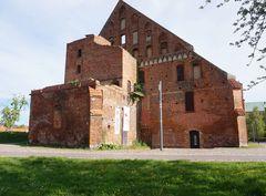 Alte Klosterscheue im Verfall