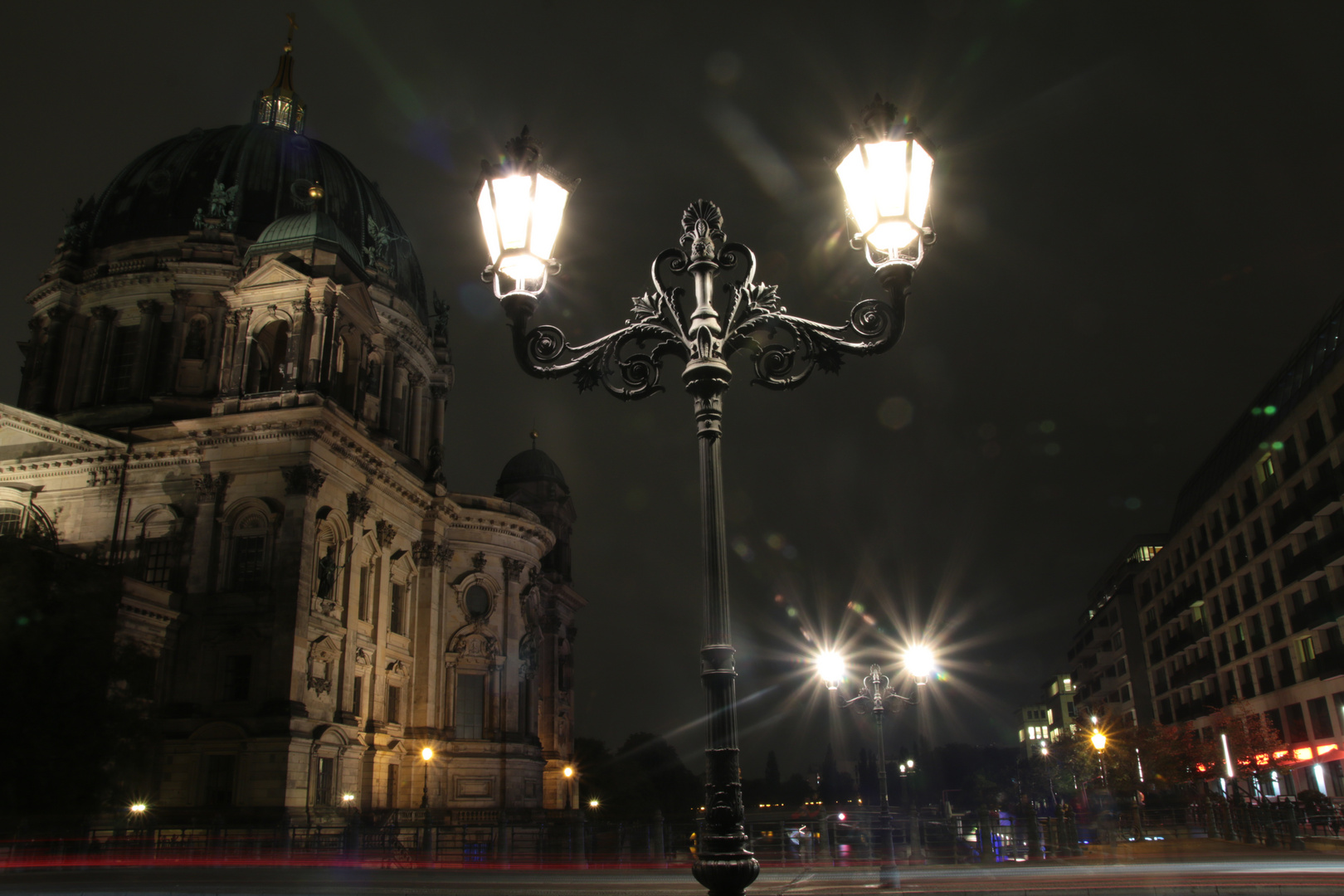 Alte Laternen am Berliner Dom