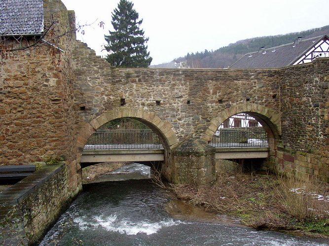 Alte Mauern in der Eifel