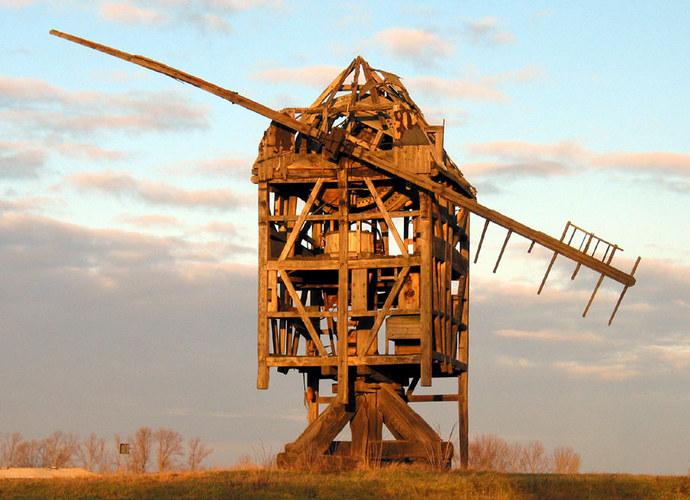 Alte Mühle im Wind...wie lange noch?