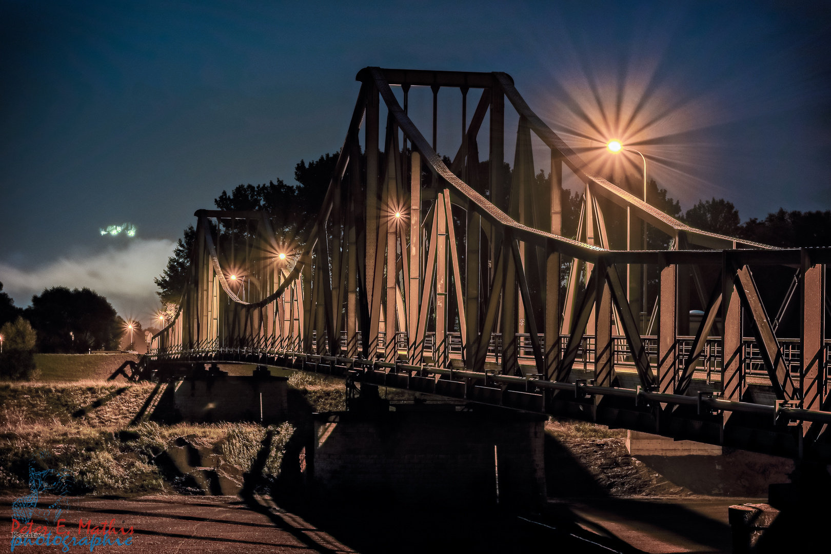 alte Rheinbrücke bei Nacht