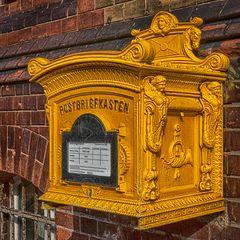 alter Briefkasten in Salzwedel