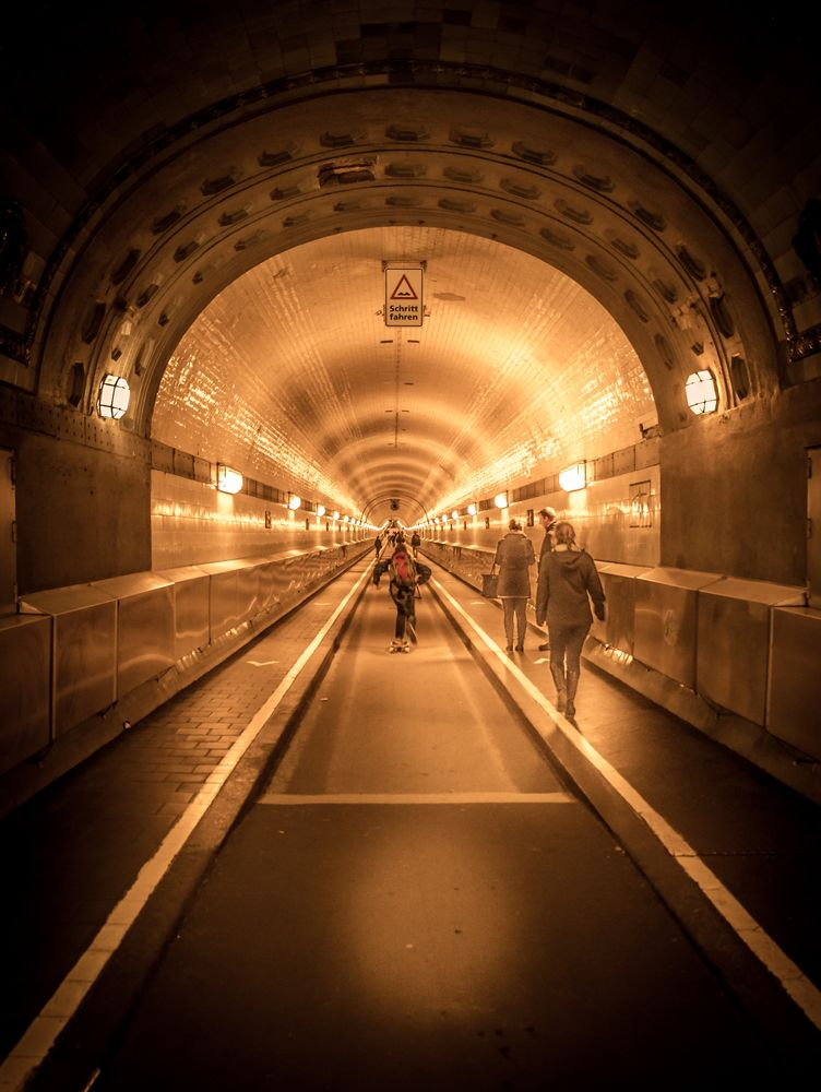 Alter Elbtunnel #1