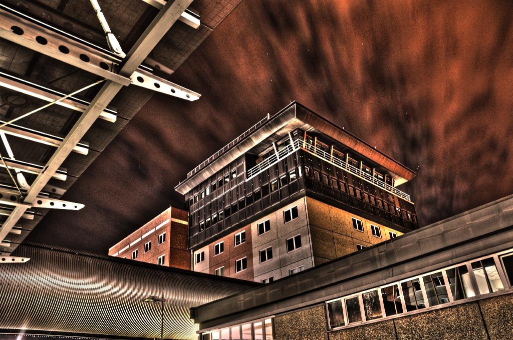 Alter Tower Flughafen Leipzig HDR