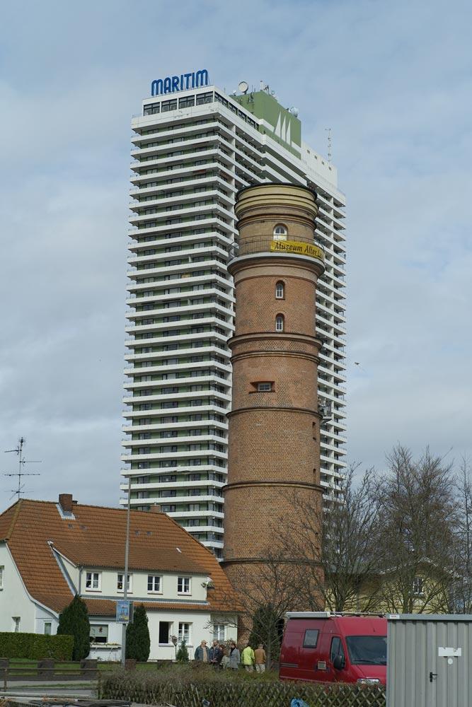 Alter und neuer Leuchtturm