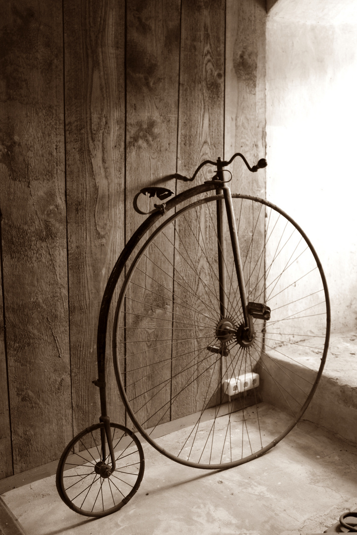 altes fahrrad foto bild autos zweir der fahrr der. Black Bedroom Furniture Sets. Home Design Ideas