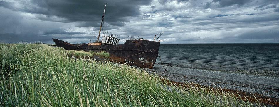 altes Schiffswrack in der Magellan Straße