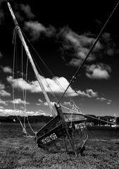 Altes Segelboot in der Bretagne